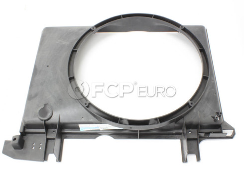 Volvo Cooling Fan Shroud (850 S70 V70) - Genuine Volvo 9432710