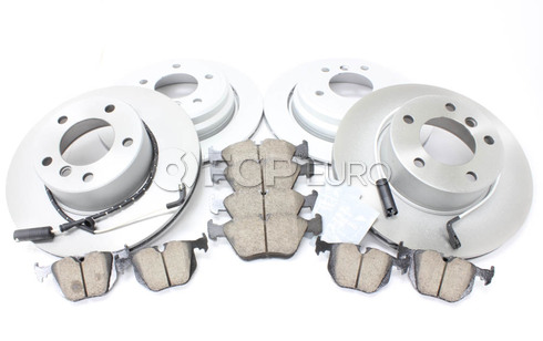 BMW Brake Kit - Meyle/Akebono 34116767061KTFR8