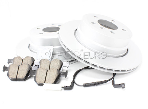BMW Brake Kit Rear (E60) - Meyle/Akebono 34216864053KTR4