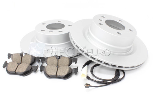 BMW Brake Kit Rear (E82 E88) - Meyle/Akebono 34216855005KTR3