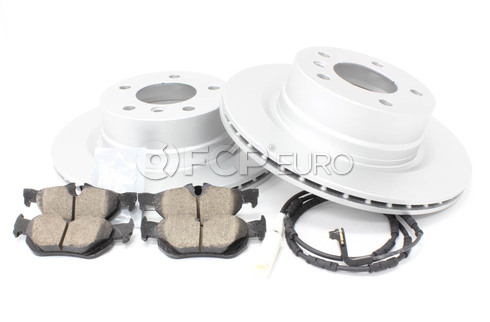 BMW Brake Kit - Meyle/Akebono 34216855005KTR1