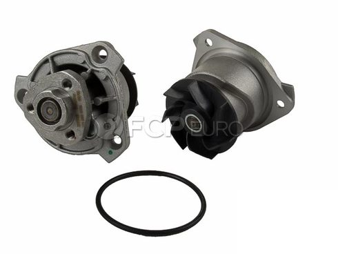 Audi VW Engine Water Pump (Q7 CC Passat) - Meyle 022121011A