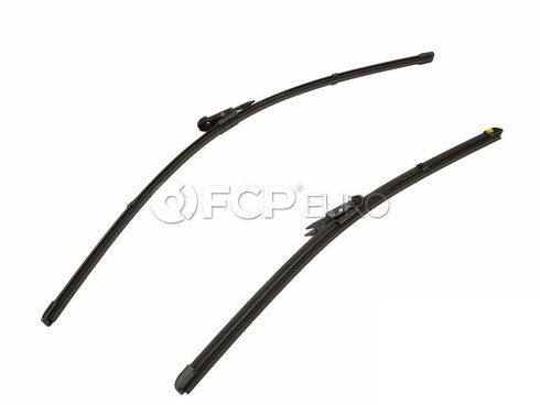 Mercedes Windshield Wiper Blade (CLA250) - Genuine Mercedes 1768200645
