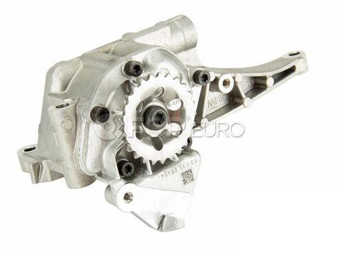 Mercedes Engine Oil Pump - Genuine Mercedes 2721800701