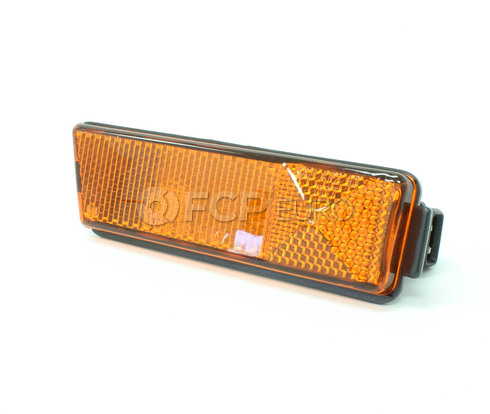 VW Side Marker Light Front Right (Jetta Golf Cabrio) - TYC 1HM945072C