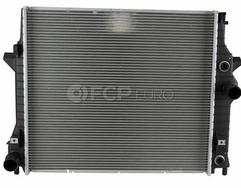 Jaguar Radiator Center (XF XJ8 XJR) - Behr C2C36506