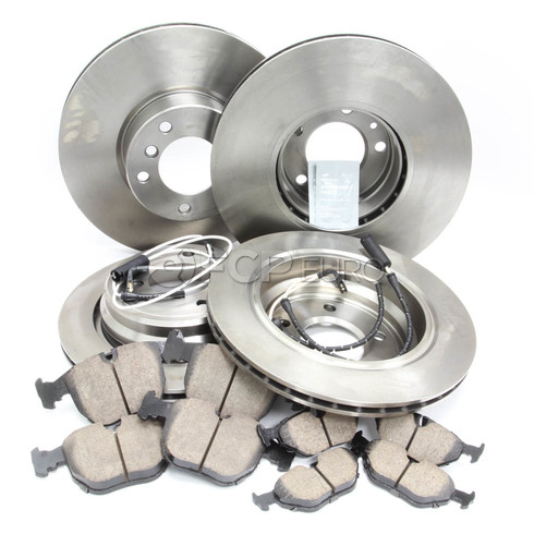 BMW Brake Kit - Brembo/Akebono 34116757747KTFR7