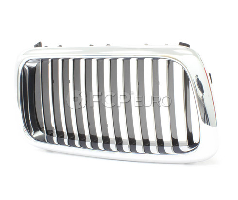 BMW Kidney Grille Right (Chrome) - Genuine BMW 51138172280