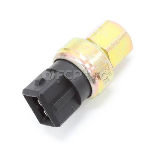Volvo A/C Pressostat (Pressure Monitor At Accumulator) Santech 1343216