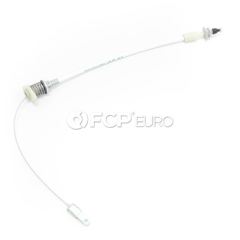Volvo Throttle Cable - Genuine Volvo 1389722