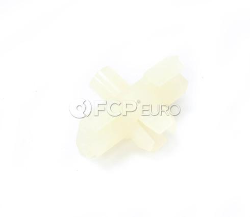 BMW Clip (2500 528i 530i) - Genuine BMW 51131808841