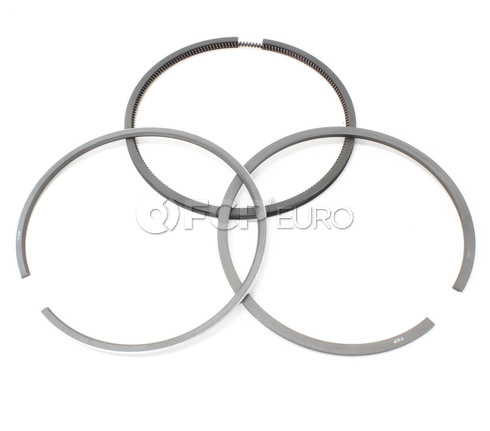 BMW Engine Piston Ring Set (2002 3.0Si 533i) - Goetze 11251261132