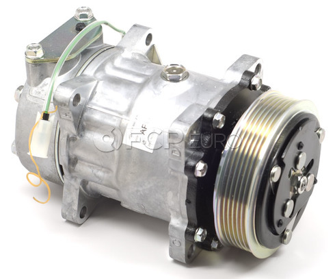Volvo A/C Compressor (960 1994) Air Products OEM 8601550