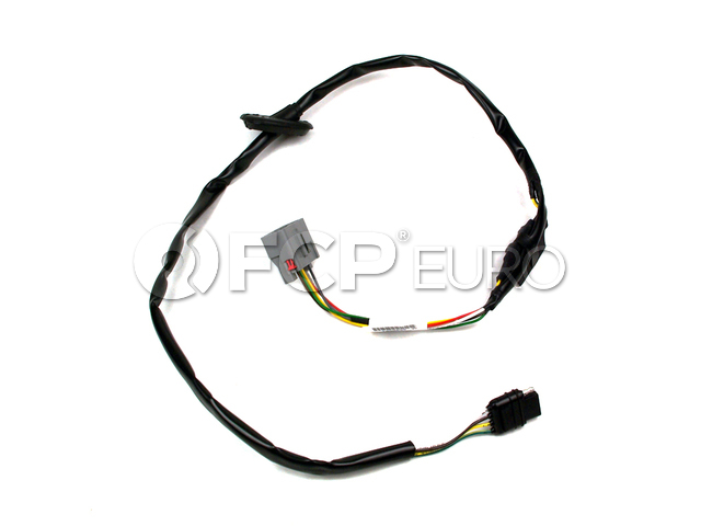 Volvo Towing Hitch Taillight Wiring Converter - Genuine Volvo 8698079