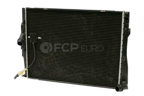 BMW Radiator (328i 328xi 128i 328i xDrive) - Genuine BMW 17117566339