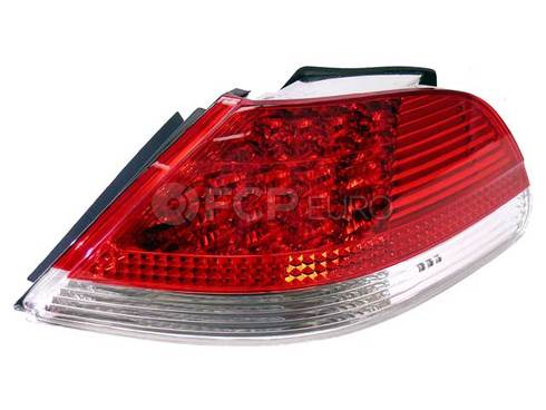 BMW Rear Light In The Side PanelWhite Right - Genuine BMW 63217164740