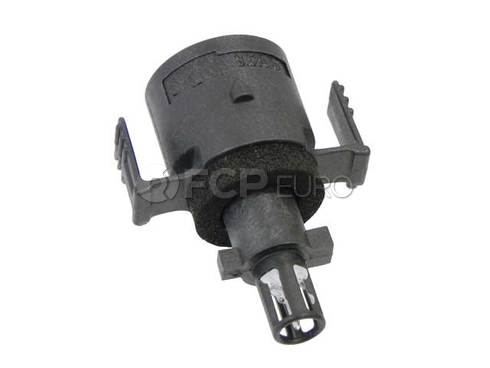 Mercedes Air Charge Temperature Sensor - Genuine Mercedes 0095426817
