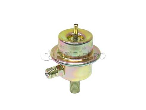 Mercedes Fuel Injection Pressure Regulator (380SE 380SL 500SEC 500SEL) - Genuine Mercedes 0000780692