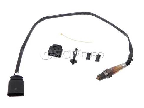 VW Oxygen Sensor Center (Jetta) - Genuine VW Audi 06A906262CB