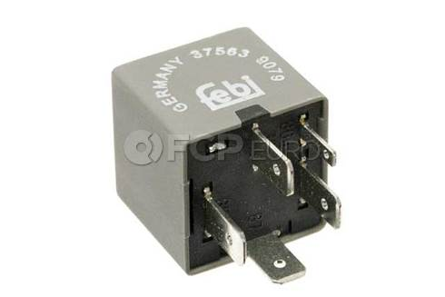 Audi VW Contact Close Relay - Genuine VW Audi 1J0906381