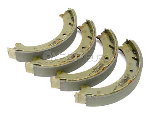 Volvo Parking Brake Shoe Set (S70 V70) - Genuine Volvo 31262622