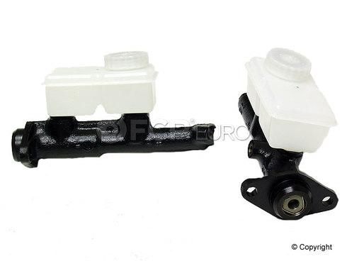 Volvo Brake Master Cylinder (262 264 265 240 244 245 242) - FTE 8111005