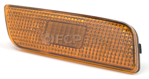 Volvo Side Marker Light Assembly Right Amber (S80) - Pro Parts 9188264