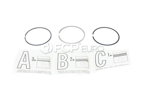 Volvo Engine Piston Ring Set - Genuine Volvo 30750667