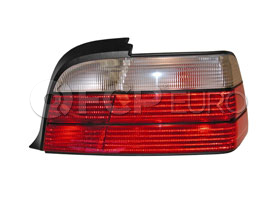 BMW European Tail Light Right - Magneti Marelli 82199403098