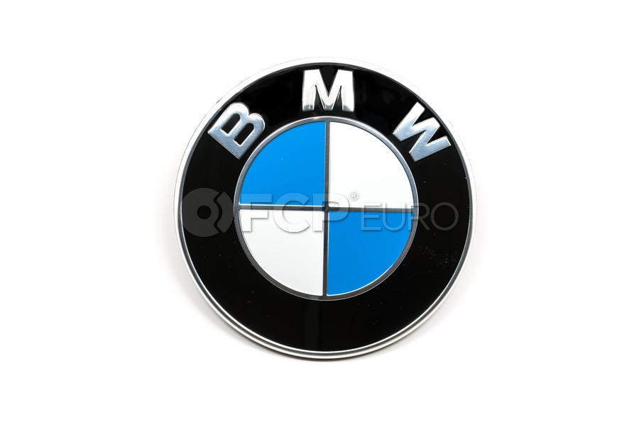 bmw roundel emblem genuine bmw 51148132375 fcp euro. Black Bedroom Furniture Sets. Home Design Ideas