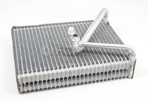 Volvo A/C Evaporator (S60 S80 V70 XC70 XC90) Air Products 30676302