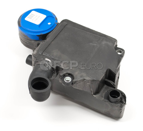 Volvo PCV Oil Trap (S60 V70) Genuine Volvo 31338024