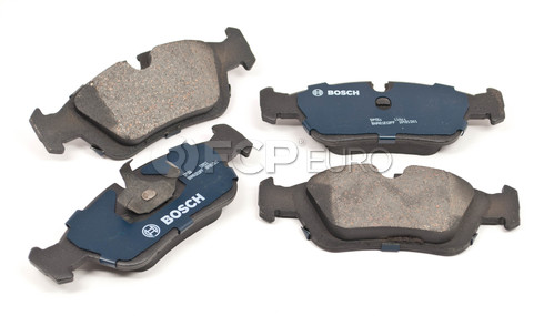 BMW Brake Pad Set (318i 318is 323i 325i) - Bosch QuietCast BP558