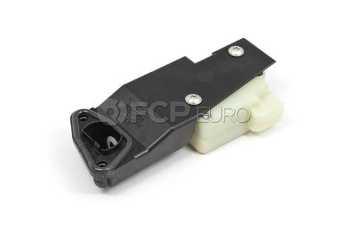 Volvo Fuel Door Lock Solenoid (S60 V70 XC70 S80 XC90) - Genuine Volvo 30612856