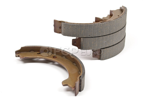 Volvo Parking Brake Shoe Set AWD (S70 V70 V70XC) Pro Parts 31262622