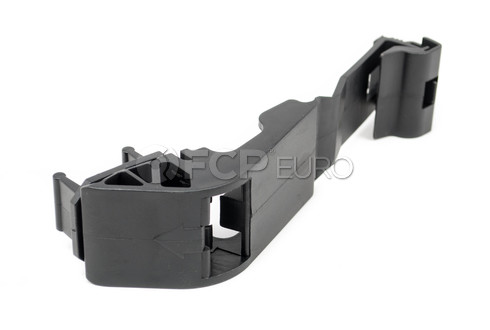 BMW Upper Radiator Mount Bracket (740i 740iL 750iL) - Vaico 17111737709