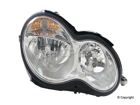Mercedes Headlight Assembly Right (C230 C240 C280 C320 C350) - Magneti Marelli 2038201659