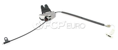 Volvo Trunk Lock Assembly (S60 S80) - Genuine Volvo 31253052