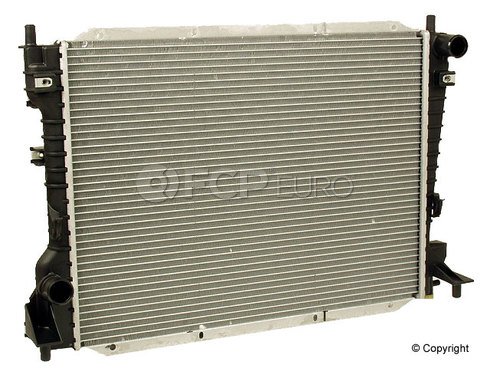 Jaguar Radiator (S-Type) - Genuine Jaguar XR82935