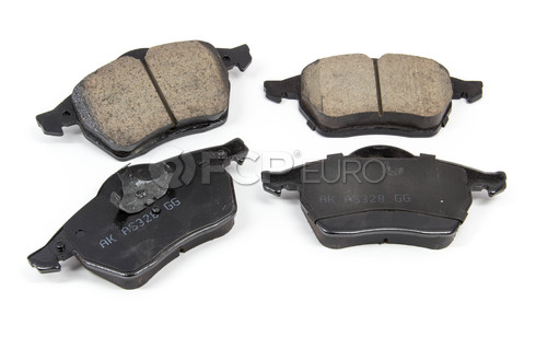 VW Brake Pad Set - Akebono EUR687A