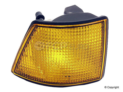 BMW Right Turn Signal Assembly Amber - Genuine 63131378822