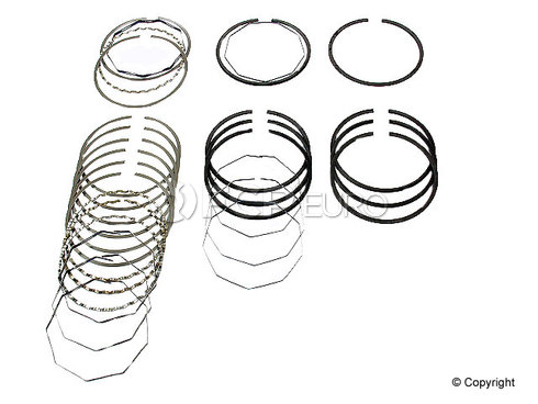 BMW Engine Piston Ring Set (320i 318i 2002 2002tii) - Deves DEV-1901