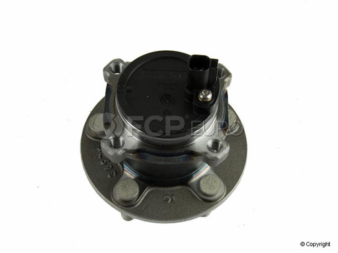 Volvo Wheel Hub Assembly - Genuine Volvo 31340686